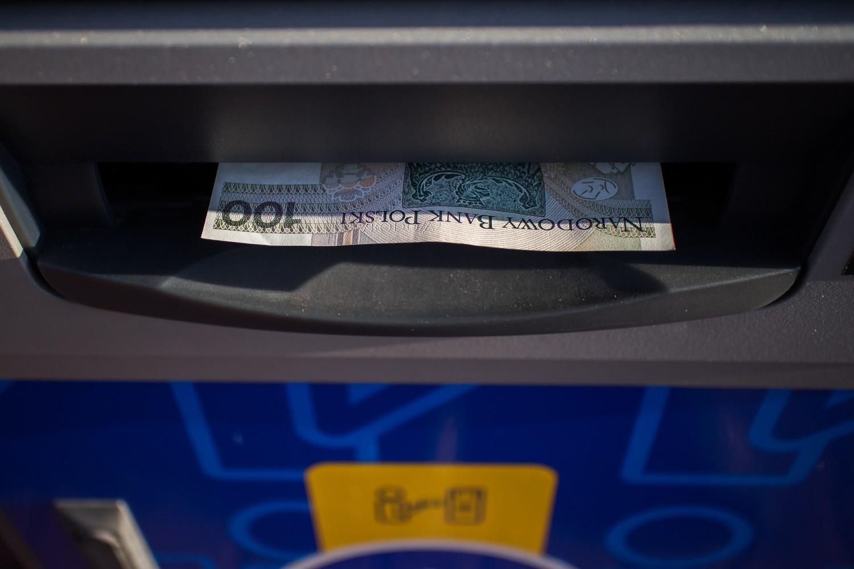 Po pierwsze upewnij się, czy nie działa tylko płatność kartą, czy poległ cały system płatności