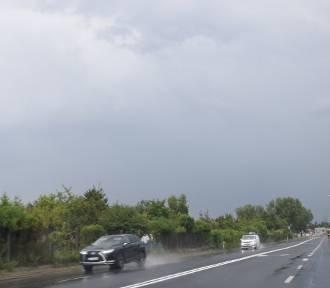 Po ulewnych deszczach w Zduńskiej Woli i okolicy. Miejscami spadło 40 mm wody