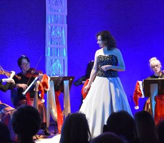 W Śremie: Świąteczny koncert w sali Spółdzielni Mieszkaniowej [ZDJĘCIA]