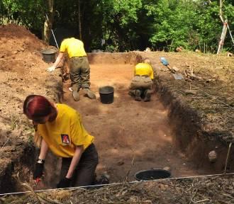 Odkrycie na wyspie jeziora Sowica. Co udało się ustalić archeologom?