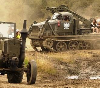 Darłowo: Ostro odpalił XXI Międzynarodowy Zlot Historycznych Pojazdów Wojskowych 2018 [ZDJĘCIA]