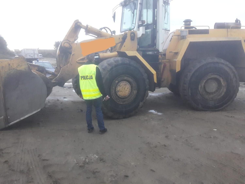 Sześć osób usłyszało już zarzuty w sprawie nielegalnego składowania odpadów komunalnych na terenie żwirowni w Lewkówce gm