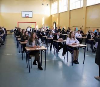 Egzamin gimnazjalny 2018. Odpowiedzi PRZYRODA i MATEMATYKA już mamy! [ZOBACZCIE]