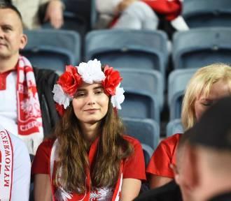 Izrael - Polska. Kibice na stadionie w Jerozolimie [zdjęcia]