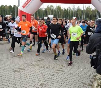 Franek Run - biegali na wojskowym lotnisku dla chorego 6-latka [zdjęcia i film]
