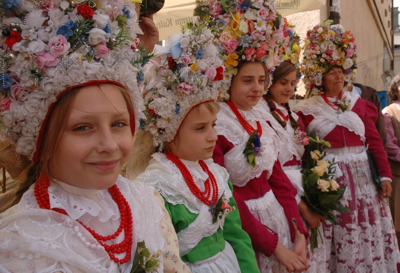 Nieodłącznym elementem wielkopolskiego folkloru są piękne, ludowe stroje