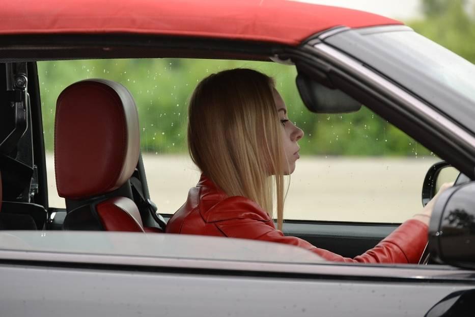 QUIZ. Czy jesteś dobrym kierowcą?