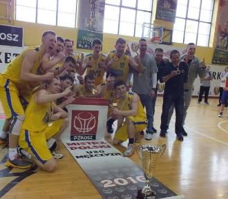 Dwie wrocławskie drużyny na podium MP juniorów w koszykówce