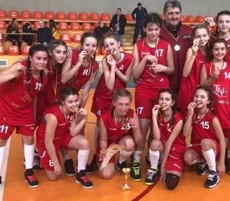 Dziewczęta z SP 14 w półfinale  mistrzostw województwa (Foto)