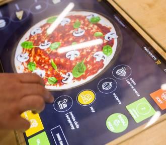 Czyli Żurawia 45. Tu pizzę zamówisz dwoma kliknięciami w stół! [ZDJĘCIA, WIDEO]