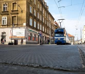 """Wykonawca przebudowy ul. Krakowskiej kontratakuje. Spółka """"podejmuje kroki prawne"""""""