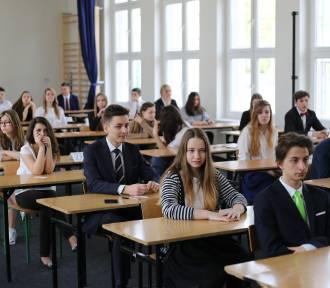 QUIZ. Test gimnazjalny 2017: Egzamin gimnazjalny, część HUMANISTYCZNA Sprawdź PYTANIA i ODPOWIEDZI
