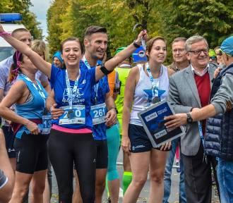 VIII Szamotuły Samsung Półmaraton. Zawodnicy na mecie [CZĘŚĆ IV - OSTATNIA]