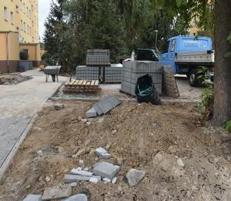 Gubin. Osiedle przy ulicy Pułaskiego remontowane przez miasto i spółdzielnię