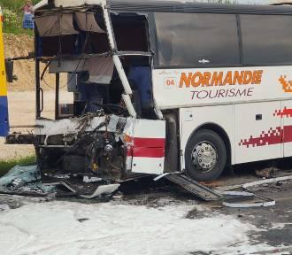 Wypadek autobusu, ciężarówki i cysterny na A1 pod Częstochową