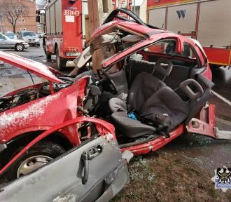 Koszmarny wypadek w Wałbrzychu. Nieletni nadal w szpitalu, skąd mieli kluczyki?