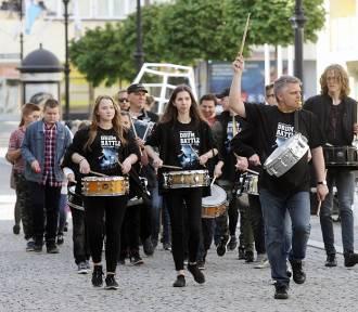 Parada perkusyjna Drum Battle w Legnicy [ZDJĘCIA]