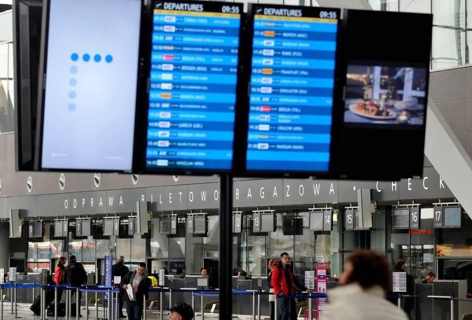 Dokąd polecimy? Tajlandia, Hiszpania, Włochy – to kierunki, które w trakcie tegorocznych ferii zimowych będą cieszyć się wśród Polaków największą popularnością