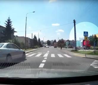 Bandyckie zachowanie kierowcy przy szkole w Bydgoszczy [wideo]