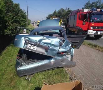 Zderzenie volkswagena i audi. Jedna osoba jest ranna