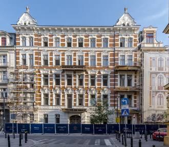 Foksal 13/15. Tu powstają najdroższe mieszkania w Warszawie. Kamienica odzyskała dawny blask
