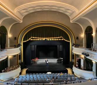 Prezydent pokazał jak wygląda remontowany teatr! Otwarcie już 28 września! [ZDJĘCIA]