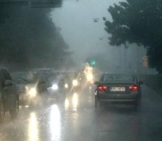 ALERT RCB dla Podkarpacia. Dziś burze, silny wiatr, ulewny deszcz i lokalnie grad