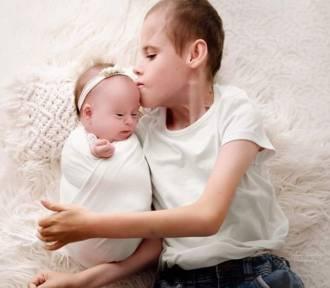 Dwoje porzuconych w szpitalu dzieci spotkało szczęście. Mają nowych rodziców