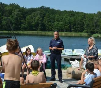 Policjanci z Krosna Odrzańskiego i Gubina dbają, aby było bezpiecznie nad wodą (ZDJĘCIA)