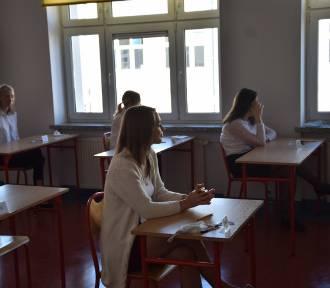 Maturzyści Zespołu Szkół nr 2 zdawali w środę języki obce [ZDJĘCIA]