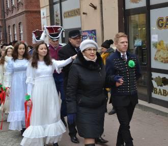Polonez Maturzystów 2019 w piątek na kartuskim Rynku