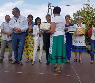 Festiwal Nalewki Kaszubskiej w Kartuzach - Grand Prix dla Doroty Wolskiej za nalewkę ziołową