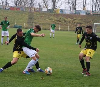 Szombierki i Slavia grały na remis. Do końca rundy jedna kolejka ZDJĘCIA
