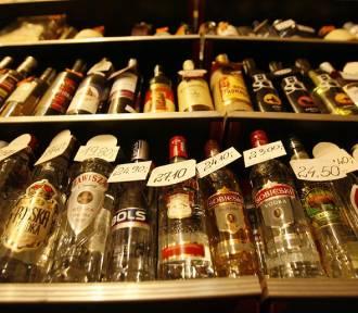 Wodzisławianin ukradł dwie butelki whisky. Zatrzymał go policjant z Rybnika na wolnym