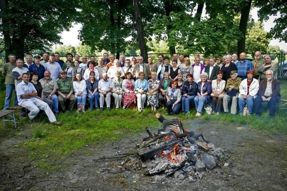 Na Grobli spotkali się harcerze i zuchowie, by wspólnie obchodzić urodziny ruchu harcerskiego