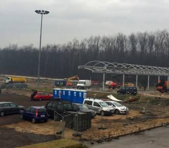 Sosnowiec. Znika stacja benzynowa. Centrum handlowe już zburzone
