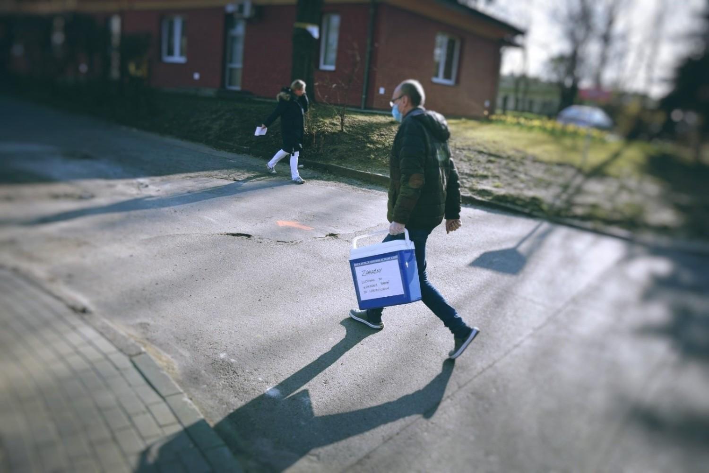 Jak poinformował wojewoda lubuski, dwie nowe osoby zakażone koronawirusem w Lubuskiem pochodzą z Zielonej Góry i powiatu krośnieńskiego