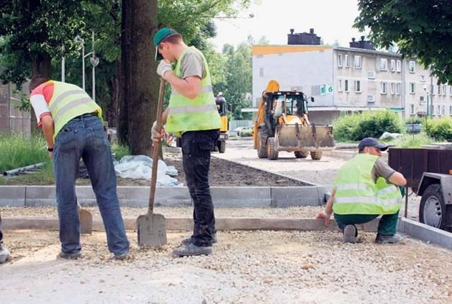 Prace  przy  przebudowie ulic w Pilicy  przebiegają  sprawnie