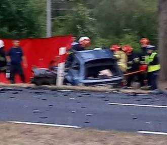 Tragiczny wypadek koło Krosna Odrz. Nie żyją dwie osoby