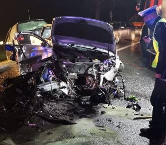 Policjanci wyjaśniają przyczyny tragicznego wypadku w Jeleniu