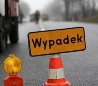 Wypadek autobusu z dziećmi w Mąkolicach w powiecie zgierskim