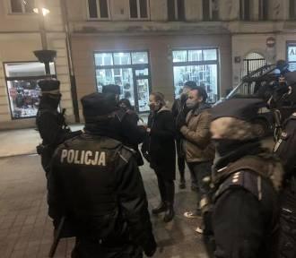 Łódzka policja zabiera głos w sprawie oskarżeń ze strony uczestnika protestu