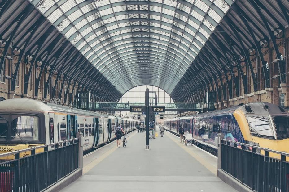 Wsiąść do pociągu byle jakiego… TOP 10 najpiękniejszych dworców kolejowych na świecie
