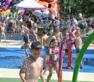 Najlepsze wodne place zabaw w regionie. Dzieci mogą tu szaleć do woli! Zobacz TOP 8