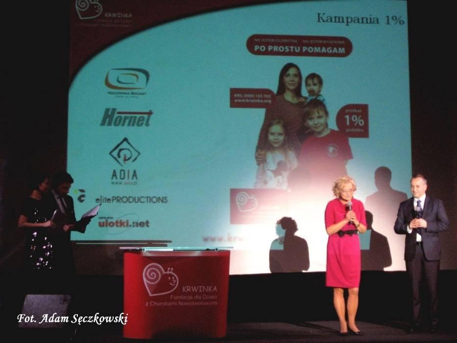 Elżbieta Budny, prezes Fundacji Krwinka oraz profesor Wojciech Młynarski kierownik Kliniki Pediatrii, Onkologii, Hematologii i Diabetologii Uniwersyteckiego Szpitala Klinicznego nr 4 w Łodzi