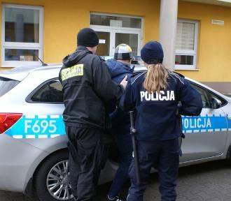 Cztery osoby zatrzymane w związku z kradzieżą luksusowego audi[FOTO]
