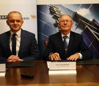 Politechnika Łódzka podpisała porozumienie o współpracy z firmą Wielton. Skorzystają studenci[FOTO]