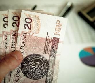 Polacy coraz mniej martwią się o zdrowie, coraz więcej o pieniądze