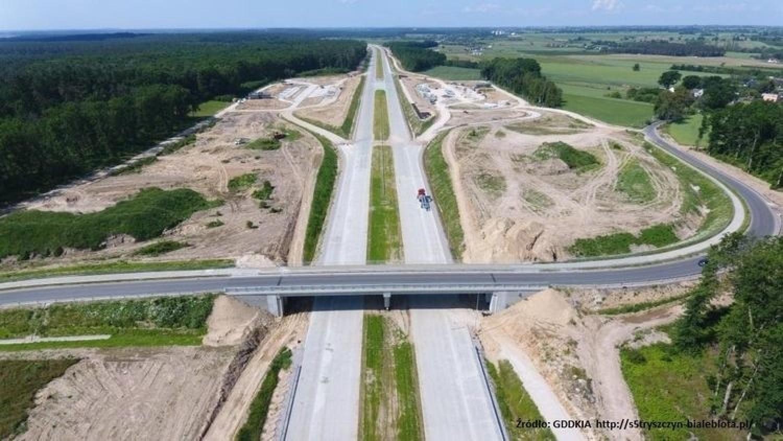 Trwa budowa drogi ekspresowej S5 w woj