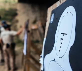 Wypadek na strzelnicy. Przyłożył broń do głowy i oddał strzał